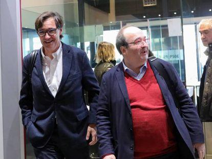 El ministro de Sanidad, Salvador Illa (i), y Miquel Iceta, a su llegada al Comité Federal del PSOE.