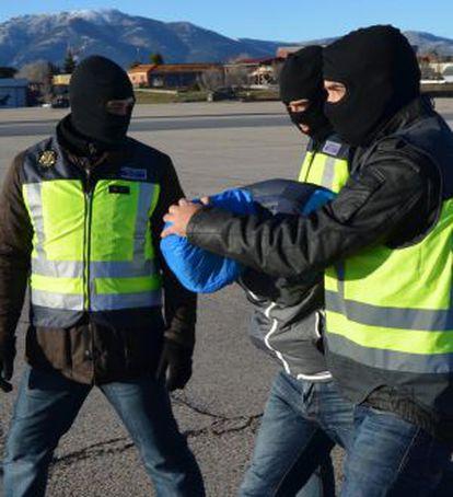 Operación antiterrorista en enero en la que la policía detuvo a cuatro presuntos yihadistas en Ceuta.