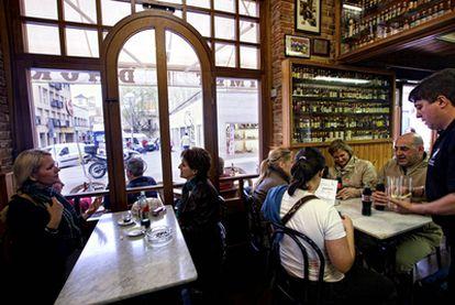 El bar Quimet en el barrio barcelonés de Horta
