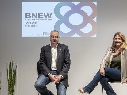 El delegado especial del Estado en el CZFB, Pere Navarro, y la directora general, Blanca Sorigué.