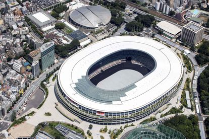 Esta vista aérea muestra el Estadio Olímpico, la sede más importante para los Juegos Olímpicos de Tokio 2020, en Tokio.
