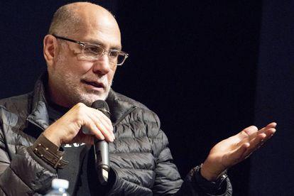 Guillermo Arriaga en la presentación de su penúltimo libro 'El salvaje'.