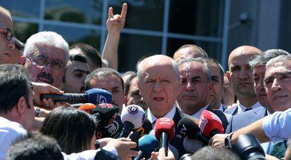 Devlet Bahceli, líder del partido nacionalista turco, MHP.