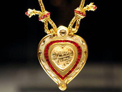 El collar 'Taj Mahal' que perteneció a Elizabeth Taylor.