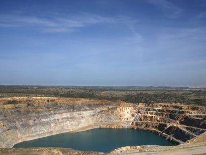Corta de la mina de Aznalcóllar.