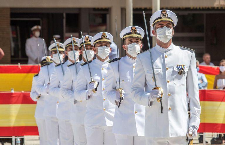 Acto de entrega de despachos en la Escuela de Suboficiales de la Armada en San Fernando (Cáidz), en julio pasado.