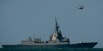 La fragata Mendez Nuñez, de la clase F.100, constuida por el astillero español Navantia con el sistema de combate Aegis.
