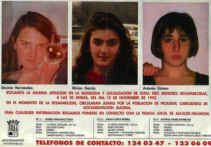 El cartel con el que se buscó a Desirée, Miriam y Toñi en 1992.