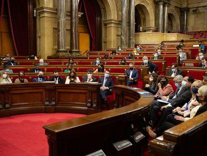 Una imagen del hemiciclo del Parlament, este jueves. / David Zorrakino (Europa Press)
