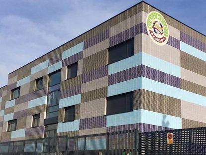 El colegio concertado Greenwich School, en Alcobendas, uno de 50 colegios concertados que aparece en el informe de la FAPA Giner de los Ríos y CICAE.