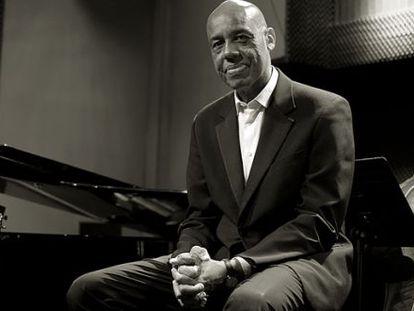 El pianista Vicente Borland