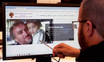 Fernando Blanco y su hija, en la página de la Asociación.
