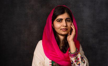 La paquistaní Malala Yousafzai fue tiroteada por los talibanes en 2012 por defender el derecho a la educación de las niñas. Recibió el Premio Nobel de la Paz en 2014, con solo 17 años.