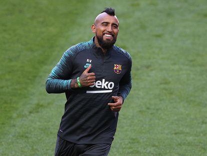 Arturo Vidal, durante el entrenamiento en Lisboa.