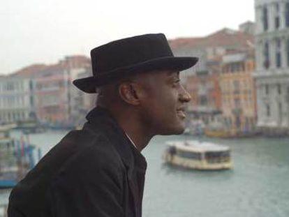 Ismael Ivo, ante el Gran Canal de Venecia.