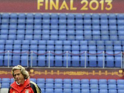 El entrenador del Benfica, Jorge Jesus, ayer en el Ámsterdam Arena.
