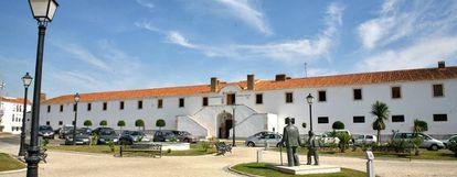 El Cuartel de Caballería, del siglo XVIII, en Olivenza (Badajoz).