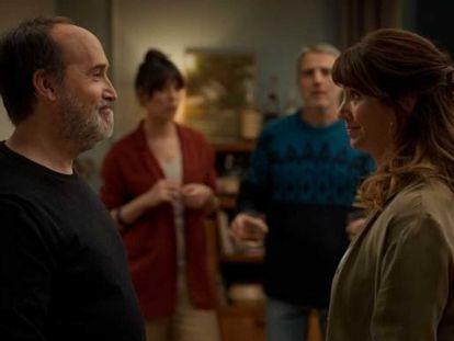 Desde la izquierda, Javier Cámara, Belén Cuesta, Alberto San Juan y Griselda Siciliani en 'Sentimental'. En vídeo, tráiler de la película.