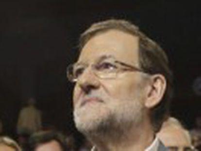 """El presidente del PP descalifica la """"pesadilla"""" de Podemos y el PSOE y también las """"pompas de jabón"""" de Albert Rivera"""