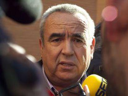 El industrial Ángel Fenoll, tras una comparecencia judicial en Orihuela en 2011.