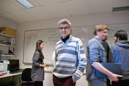 Yoshua Bengio, profesor de informática en la Universidad de Montreal y director científico del Instituto para Algoritmos de Aprendizaje,