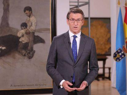 Alberto Núñez Feijóo, durante su discurso. En el vídeo, los presidentes autonómicos lanzan sus mensajes navideños.