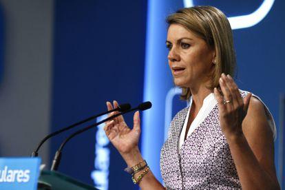 María Dolores De Cospedal en una comparecencia desde la sede del PP.