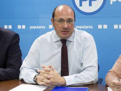 El presidente de Murcia, Pedro Antonio Sánchez, este lunes en la sede del PP en Murcia.