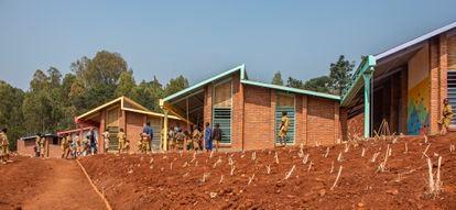Escuela pública de Mwito (Ruanda), proyectada por la arquitecta Nerea Amorós, del estudio Creative Assemblages.