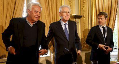 González, Monti y Berggruen, durante una rueda de prensa antes del inicio del debate del Consejo para el Futuro de Europa, en Madrid.