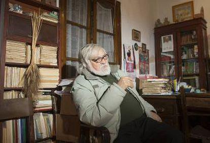 El cura Enrique Priego.