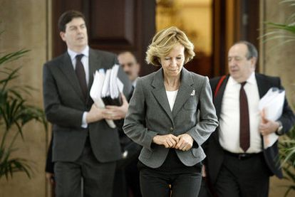 La vicepresidenta económica del Gobierno, Elena Salgado, en el Congreso de los Diputados.