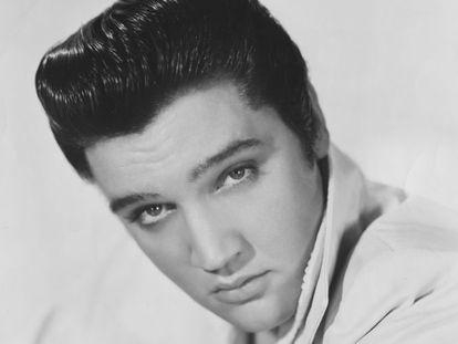 Retrato de Elvis Presley en 1957.