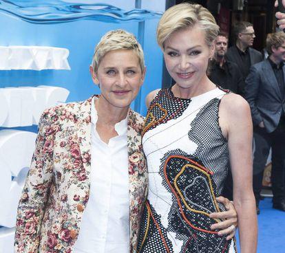 Ellen DeGeneres y Portia de Rossi, en 2016.