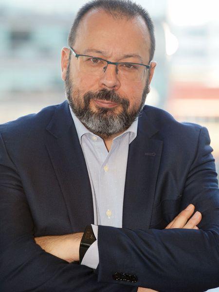 César Hernández, jefe del Departamento de Medicamentos de uso Humano de la AEMPS.