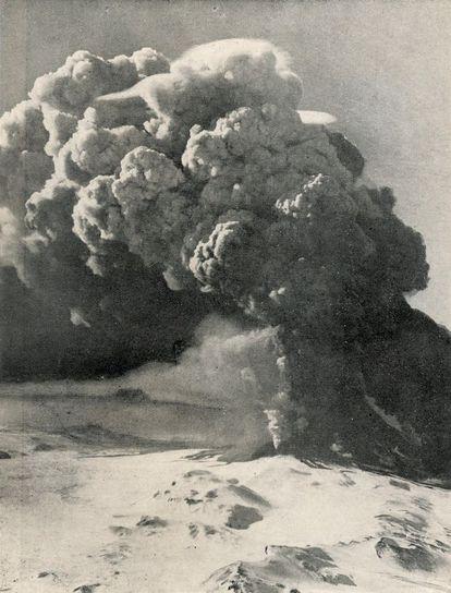 Una imagen de la erupción del volcán Hekla, en 1947.