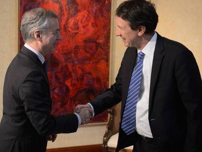 El lehendakari, Iñigo Urkullu, recibe al secretario ejecutivo del Comité para la prevención de la tortura del Consejo de Europa,Jeroen Schokkenbroek.