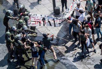 Incidentes en Santiago de Chile tras la muerte del mapuche Camilo Catrillanca en la Araucanía, al sur del país.