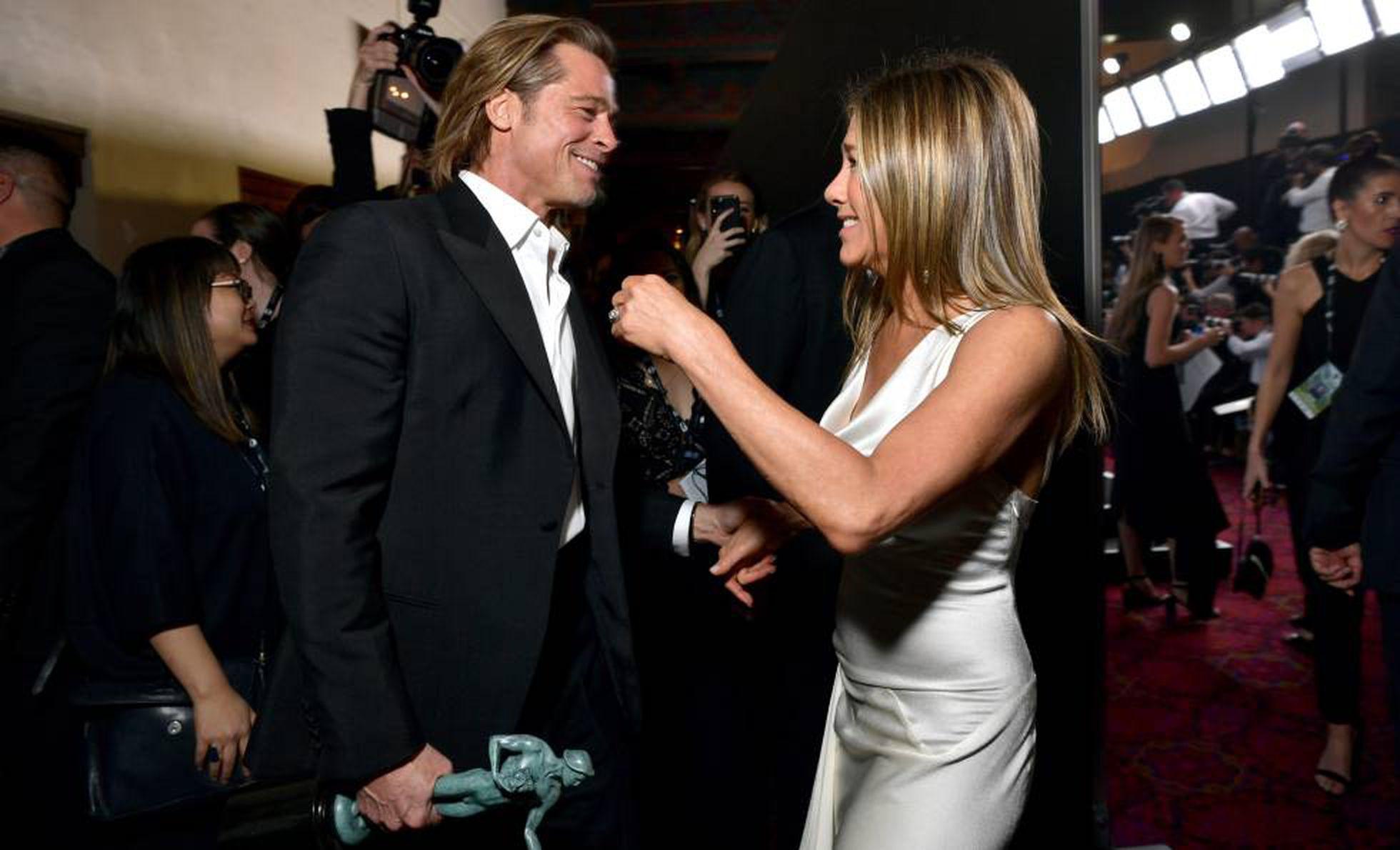 Brad Pitt y Jennifer Aniston: la historia detrás de la foto más buscada   Gente   EL PAÍS