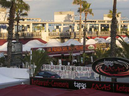 Bares, restaurantes y locales de ocio del Port Olímpic.