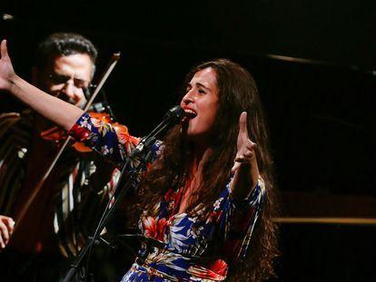 La cantante Silvia Pérez Cruz, durante su actuación este domingo en el Festival de Jazz de San Sebastián.