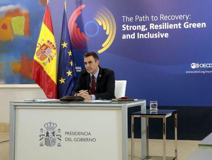 El presidente del Gobierno, Pedro Sánchez, en intervención como presidente del Consejo Interministerial de la OCDE