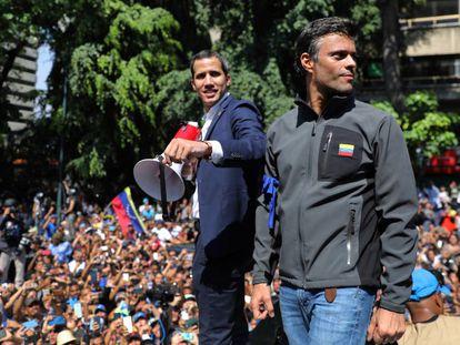Juan Guaidó y Leopoldo López, el 30 de abril de 2019 en Caracas.