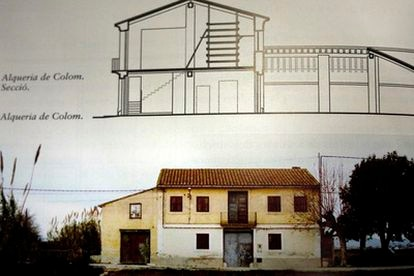La alquería de Colom antes de su derribo en una imagen del libro <i>Arquitectura rural valenciana</i>.