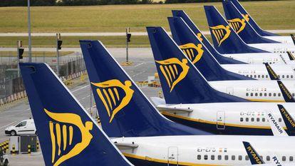 Varios aviones de la aerolínea irlandesa 'Low cost' Ryanair.