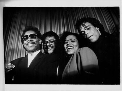 La banda The Real Milli Vanilli; Brad Howell, John Davis, Gina Mohammed y Ray Horton, a principios de los noventa.