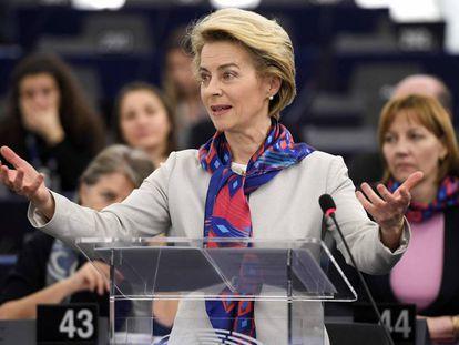 La presidenta de la Comisión Europea, Ursula von der Leyen, en el parlamento europeo