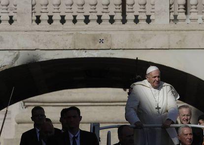 El Papa Francisco llega a la plaza de San Pedro el pasado miércoles.