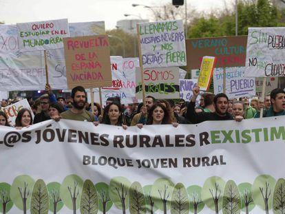 Manifestación para frenar la despoblación de la España vaciada.