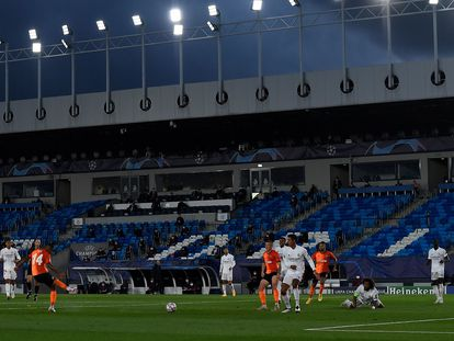 Tete marca uuno de los tres goles del Shakthar ante el Madrid en Valdebebas. AFP